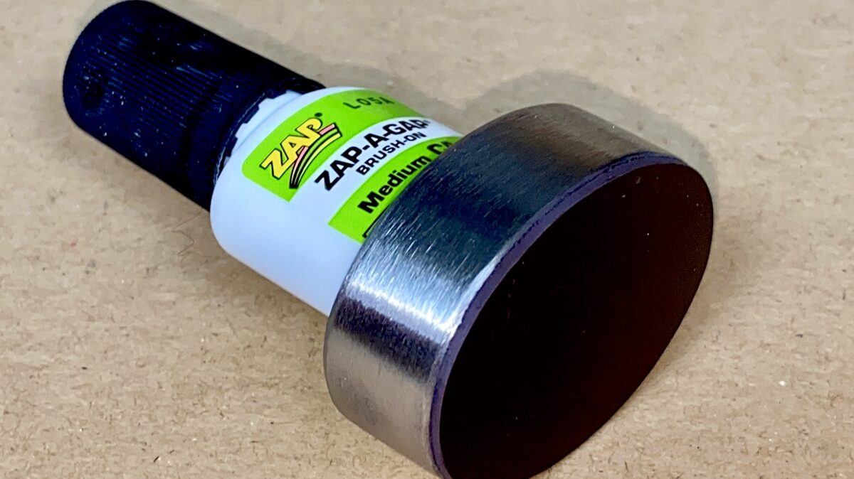 Glue Foot incl ZAP-A-GAP.